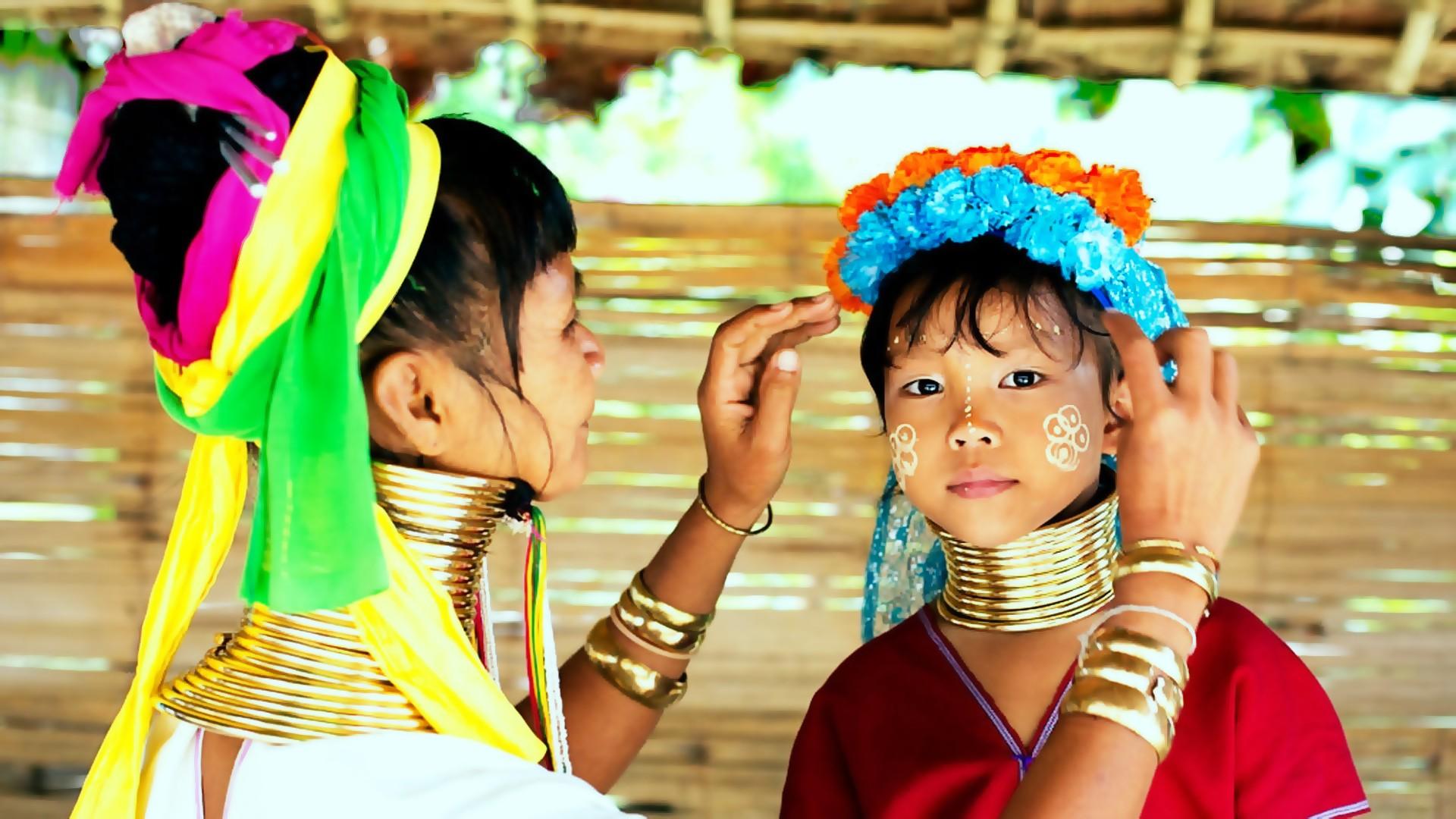 MYANMAR ETNIE NASCOSTE E PAGODE DORATE